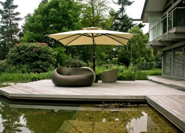 Luxury side arm Parasol with Furniture