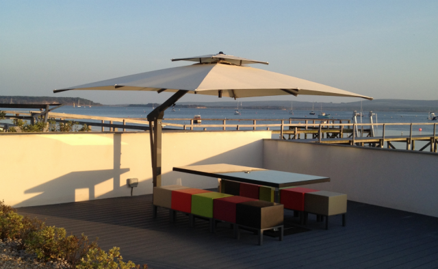 Poggesi Cantilever Parasol Seafront