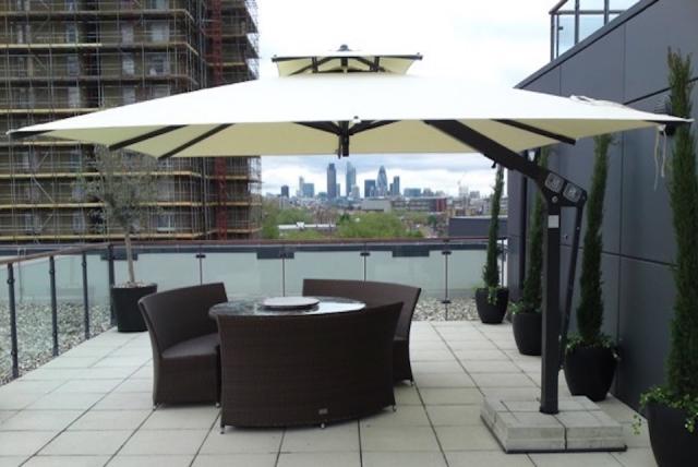 Ecru Rooftop Parasol