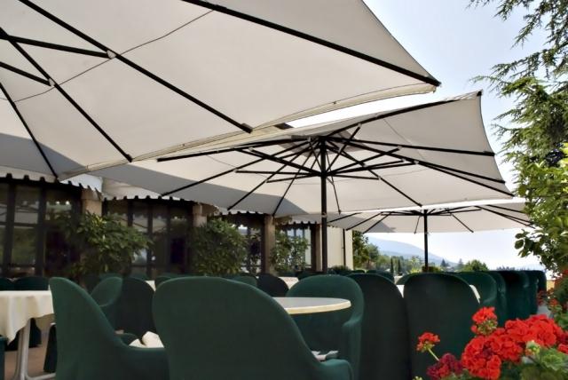 Big Umbrella Specialists