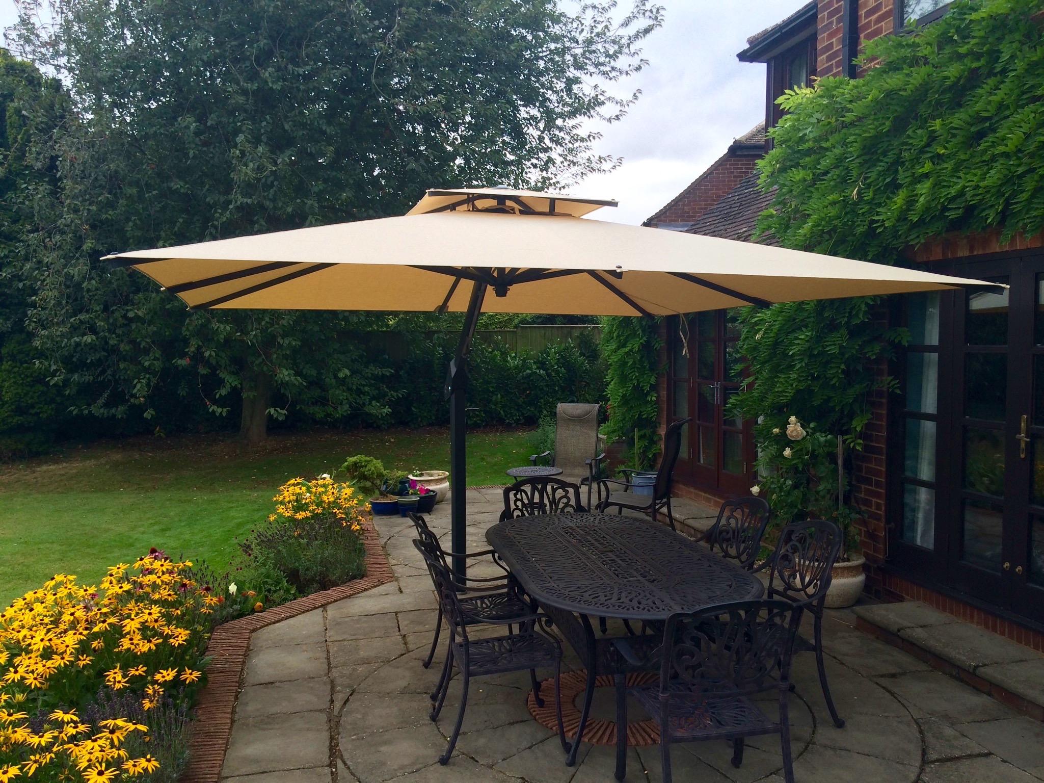 3.5m garden parasol